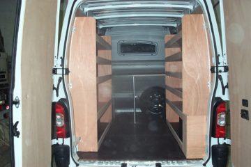 MULLER-VP - Opel-MOVANO-XL2-avec-cabine-et-meubles-bois-0031
