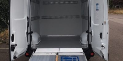 RENAULT MASTER X62L3H2 4 sièges Zuo partie arrière isolée décontaminable hayon dépliable (4)