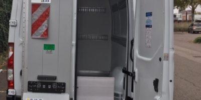 RENAULT MASTER X62L3H2 4 sièges Zuo partie arrière isolée décontaminable hayon dépliable (5)